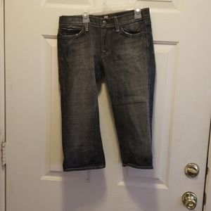 7 for all Mankind capris